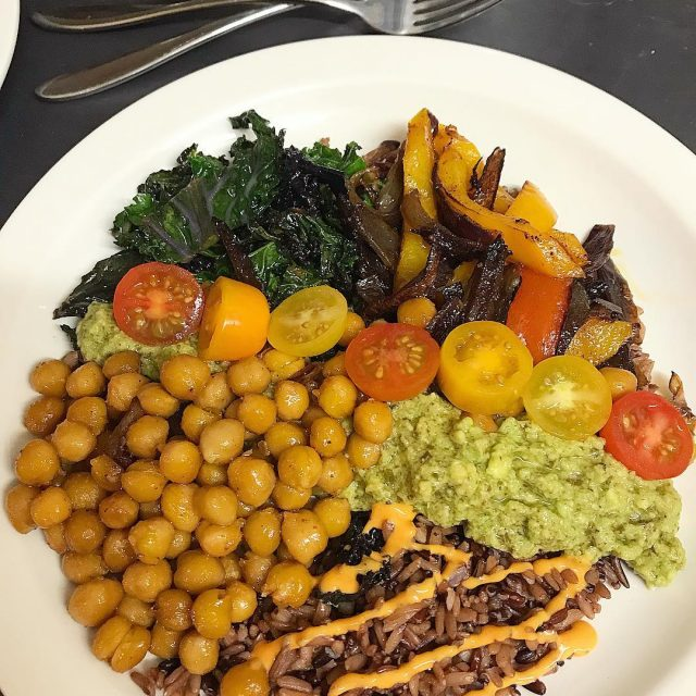 7 grains topped with paprika roasted chickpeas and peppers avocadohellip